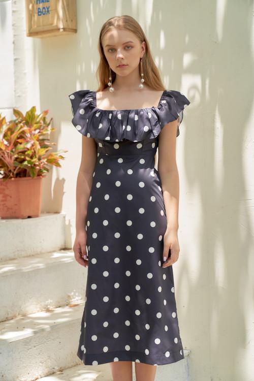 Đầm Bẹt Vai Xanh Đen Chấm Bi Trắng