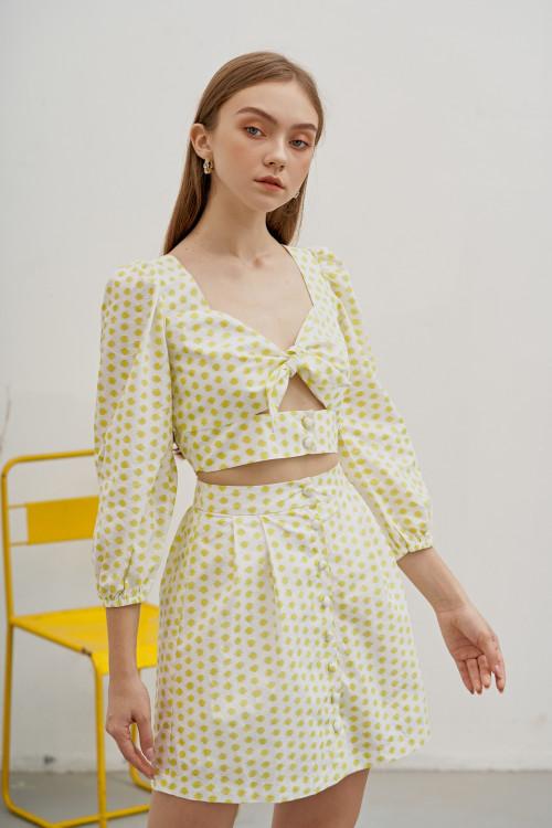 Set Áo Dài Tay Thắt Nơ + Chân Váy Gài Nút