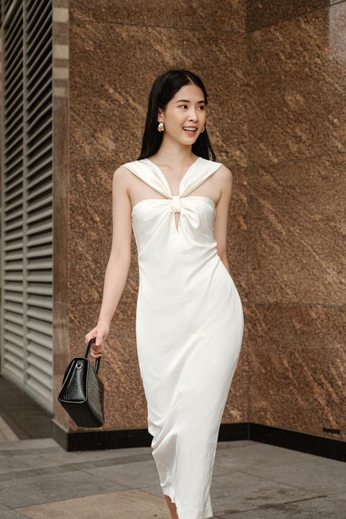Đầm Cổ Yếm Màu Da