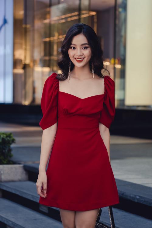 Đầm Đỏ Nhún Chân Ngực Tay Phồng