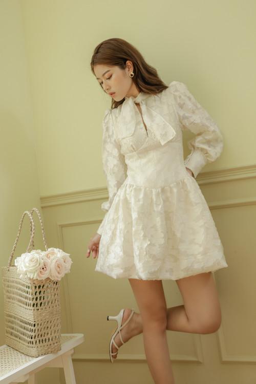 Đầm Tùng Bí Cột Nơ Màu Kem